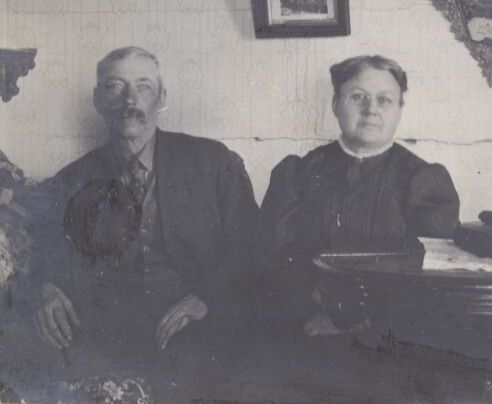 Hugh & Minnie Abbott