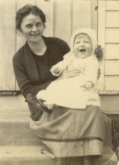 c1924 Daisy Martin & Betty (9 mos)