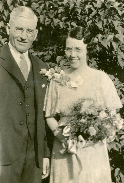 1935 Bert & Mada Johnson