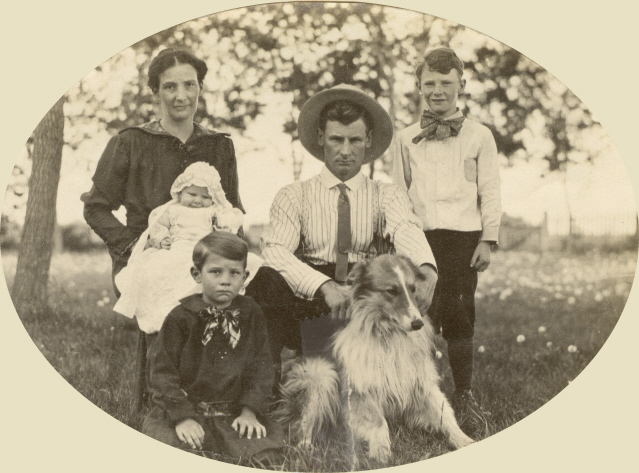 1914 Thad & Mary Bullis Family
