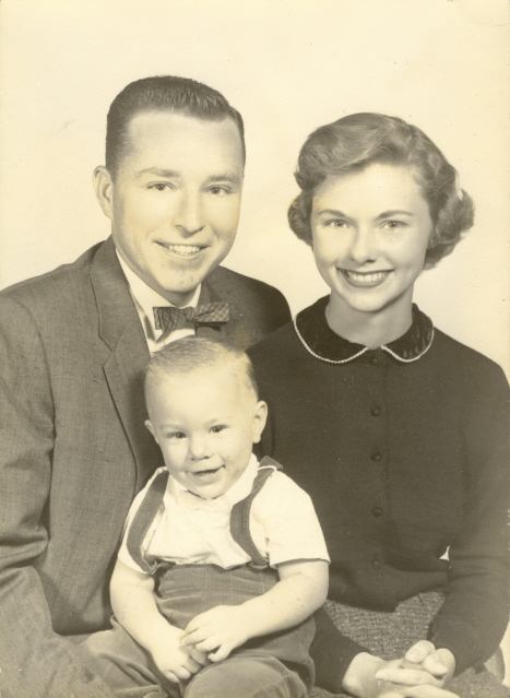 1952 Doyle & Audie Williams with son Brad